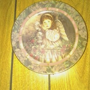 "Plate collectables ""Hope"" plate number 2603E"